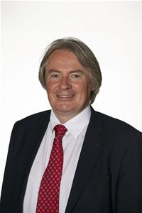 Profile image for Councillor Ross Houston